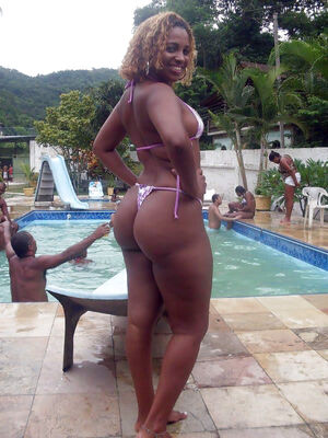huge ass black girl